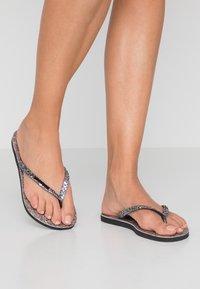 Havaianas - SLIMCARNAVAL - T-bar sandals - black - 3