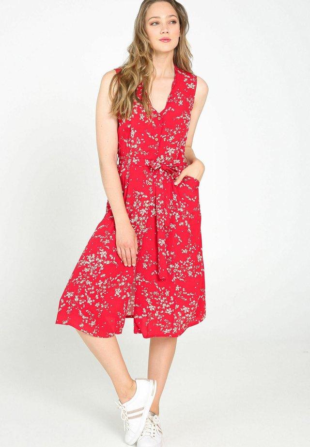 MIT KNÖPFEN UND BLUMEN-PRINT - Korte jurk - red