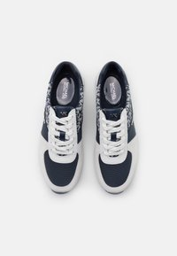 MICHAEL Michael Kors - ALLIE TRAINER - Zapatillas - navy/optic white - 4