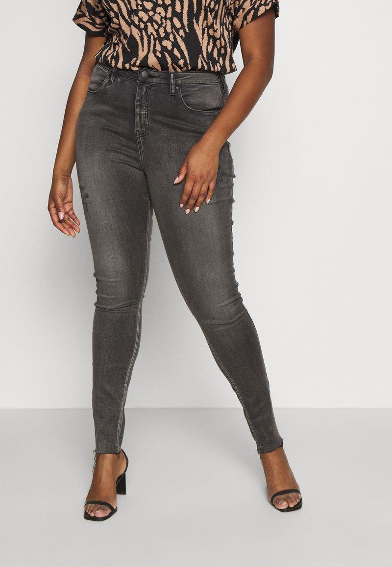 Zizzi - LONG AMY - Jeans Skinny Fit - grey denim