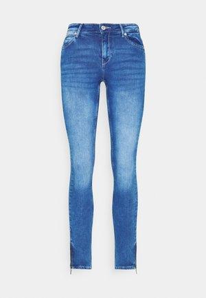 ONLKENDELL LIFE - Jeans Skinny Fit - medium blue denim