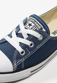 Converse - CHUCK TAYLOR ALL STAR BALLET - Trainers - navy - 5