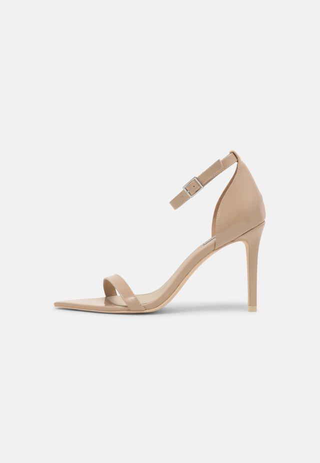 PRETTY PERFECT - Sandały - beige