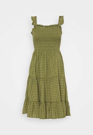ONLPELLEA LIFE STRAP DRESS PETITE - Vapaa-ajan mekko - capulet olive