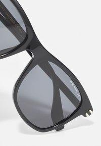 Marc Jacobs - UNISEX - Zonnebril - black/gold-coloured - 4