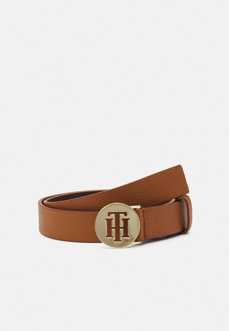 Tommy Hilfiger - ROUND BELT - Cinturón - brown
