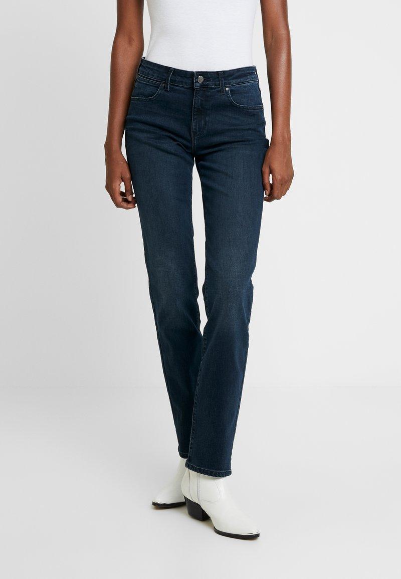 Wrangler - BODY BESPOKE - Jeans Straight Leg - blue skies