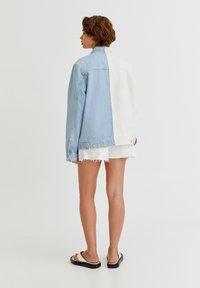 PULL&BEAR - Denim jacket - white - 7