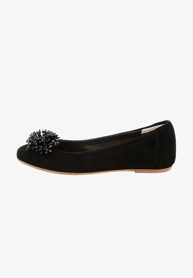 TUARASI - Ballerinat - black