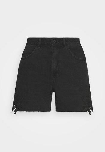 VMNINETEEN CROCHET - Shorts di jeans - black