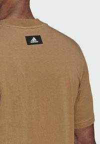 adidas Performance - Print T-shirt - brown - 3