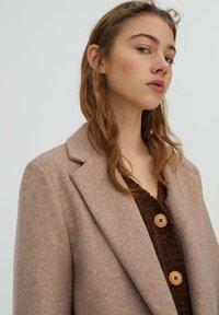 PULL&BEAR - Klasický kabát - rose gold - 3