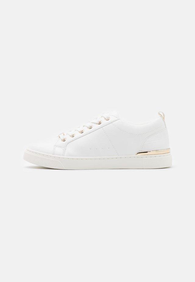 DILATHIEL - Sneakers laag - white