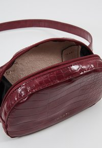 Inyati - MILA - Bum bag - burgundy - 4