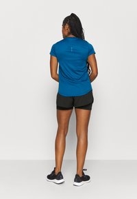 Puma - RUN FAVORITE - Sports shorts - black - 2