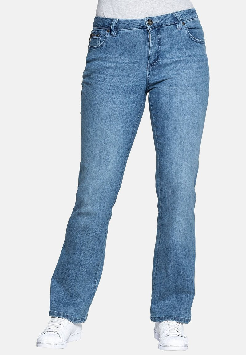 Sheego - Flared Jeans - light blue