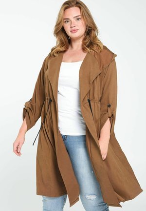 FLOWING - Trench - camel