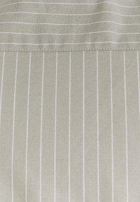 Newport Bay Sailing Club - CORE STRIPE SHIRT - Shirt - grey - 6