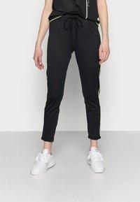 ONLY PLAY Tall - ONPADOR PANTS - Leggings - Trousers - black - 0