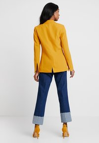 KIOMI - Blazer - dark yellow - 2