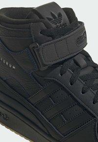 adidas Originals - High-top trainers - black - 7