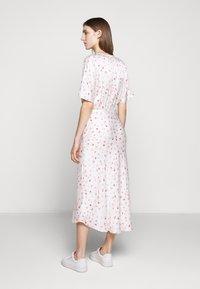 Bruuns Bazaar - MOVE ROSANA DRESS - Denní šaty - white - 2