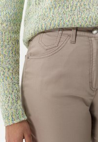 BRAX - STYLE CORRY - Straight leg jeans - light taupe - 3
