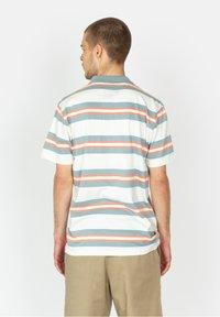 Roark - ONE EYED JACK - Polo shirt - white - 2