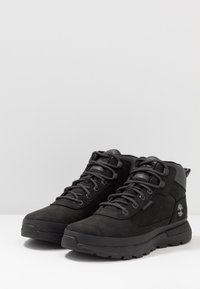 Timberland - FIELD TREKKER MID - Lace-up ankle boots - black - 4