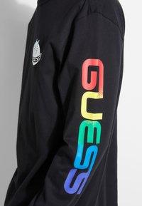 Guess - Maglietta a manica lunga - schwarz - 3