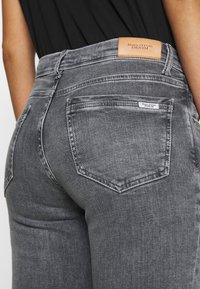 Marc O'Polo DENIM - ALVA REGULAR - Slim fit jeans - multi/pigeon mid grey - 5