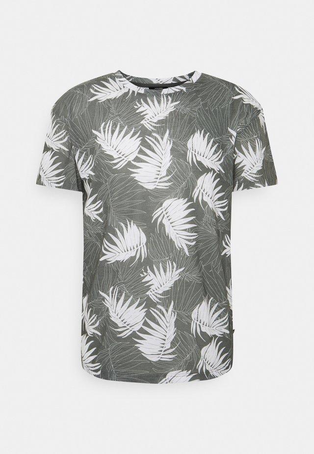 JPRBLABAKER TEE CREW NECK - T-shirt print - new sage