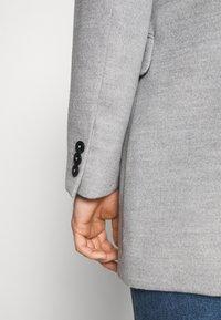 Burton Menswear London - FAUX BUTTON - Short coat - light grey - 5