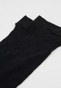 FALKE - KALI - Chaussettes - black - 2