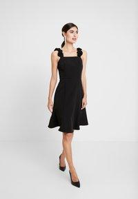 Apart - DRESS - Vestito elegante - black - 2
