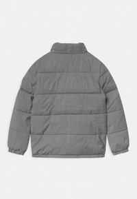 Calvin Klein Jeans - REFLECTIVE LOGO TAPE - Zimní bunda - black/silver - 2