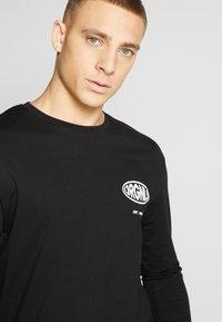 Jack & Jones - JORLOGGS TEE CREW NECK - Långärmad tröja - black - 4