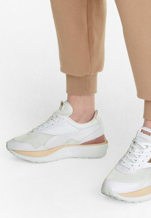 CRUISE RIDER - Trainers - puma white-cloud pink