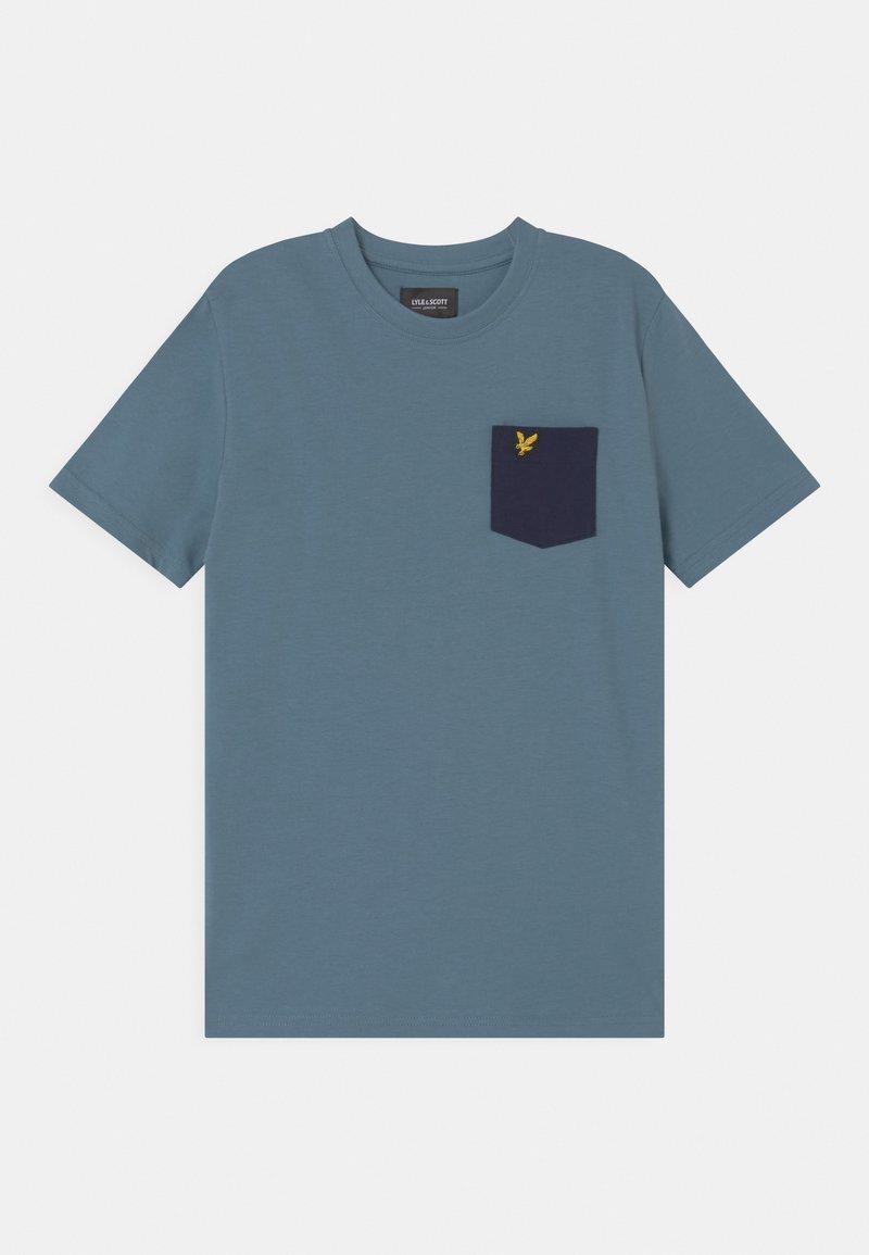 Lyle & Scott - CONTRAST POCKET  - Print T-shirt - bluestone