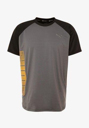 COLLECTIVE LOUD TEE - Print T-shirt - castlerock/black