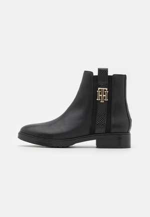 INTERLOCK BOOT - Støvletter - black