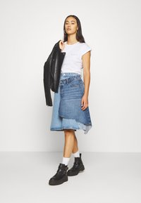 Diesel - TOBY SKIRT - Denim skirt - light blue denim - 1