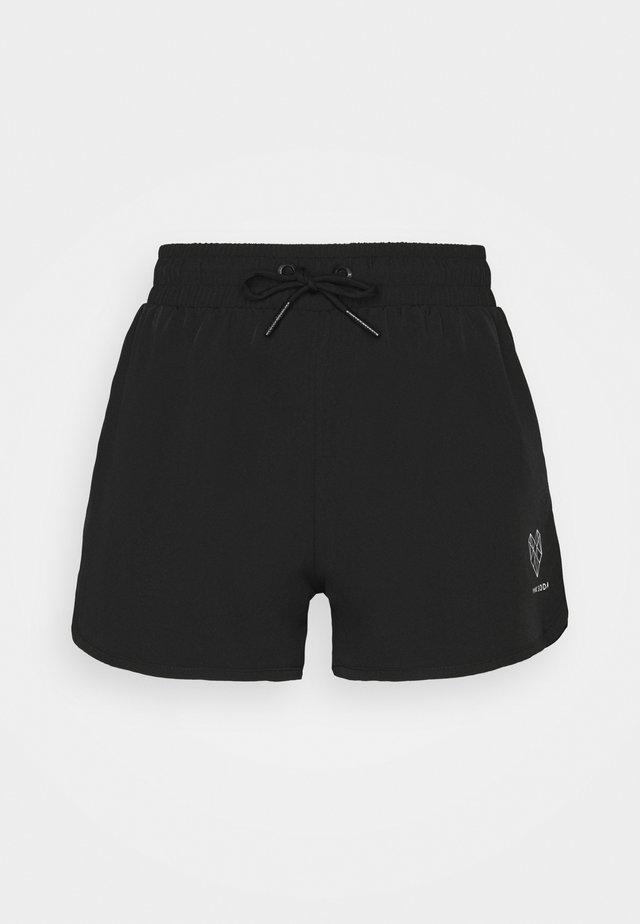 REZI RUNNER SHORT - Urheilushortsit - black