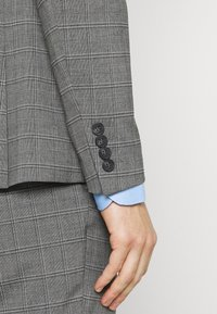 Isaac Dewhirst - CHECK SUIT - Costume - grey - 7