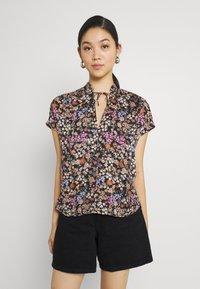 Soaked in Luxury - KIMAYA RAFINA - Print T-shirt - multi-coloured - 0