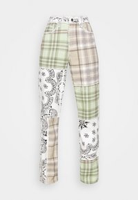 Jaded London - PATCHWORK BANDANA BOYFRIEND FIT - Jeans slim fit - multicolor - 4
