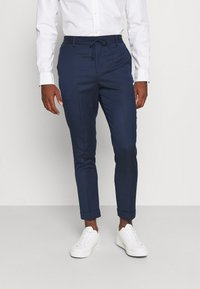 Isaac Dewhirst - THE RELAXED SUIT  - Puku - dark blue - 4
