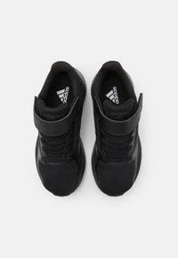 adidas Performance - RUNFALCON 2.0 UNISEX - Obuwie do biegania treningowe - core black/grey six - 3