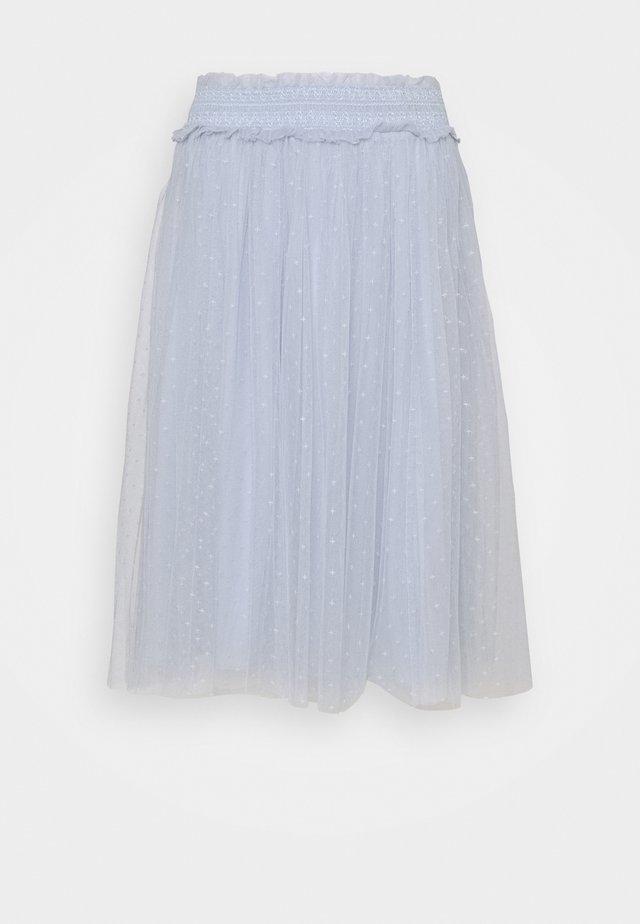 HONEYCOMB SMOCKED MIDI SKIRT EXCLUSIVE ELASTIC WAIST - Áčková sukně - bluemist