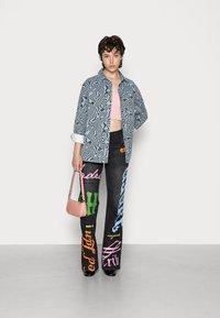Jaded London - SCREEN LOW RISE - Jeans a zampa - multi - 1